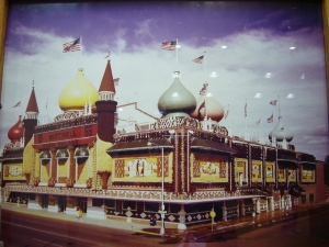 Corn Palace Theme of 1966